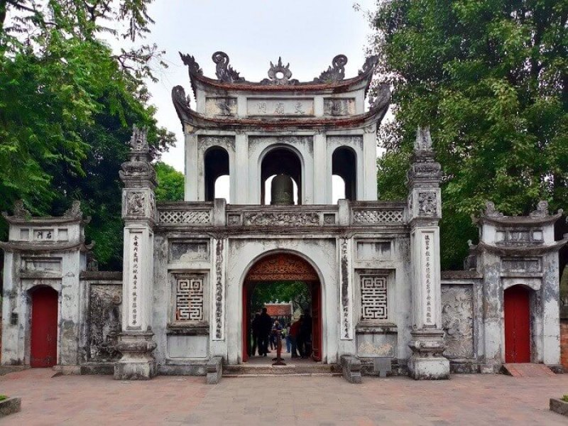 Quoc Tu Giam - the destination not to be missed in the heart of Hanoi
