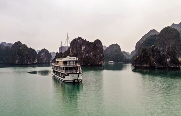 Starlight Cruise Halong, Free Hanoi Airport Transfer. Starlight Cruise reviews