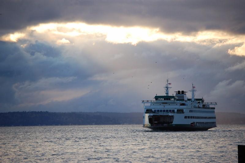 Ferries  - Travel - AsilahInfo