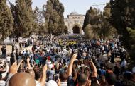 الفلسطينيون يدخلون الأقصى لأول مرة منذ أسبوعين