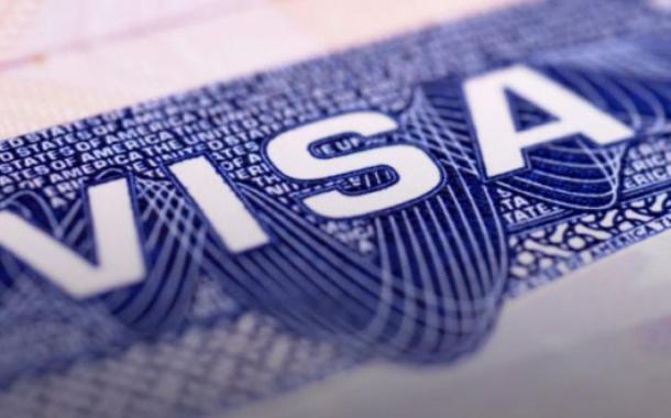 السعودية تحدد الدول المسموح لرعاياها بالحصول على التأشيرة السياحية