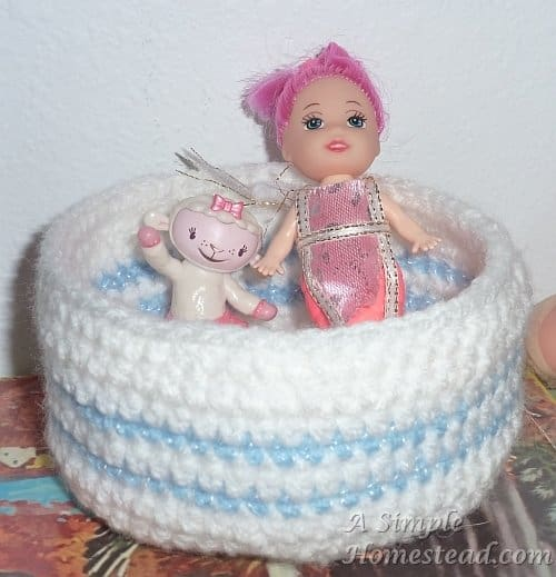 crochet bowl swimming pool