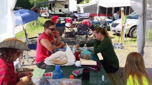 camping knitters