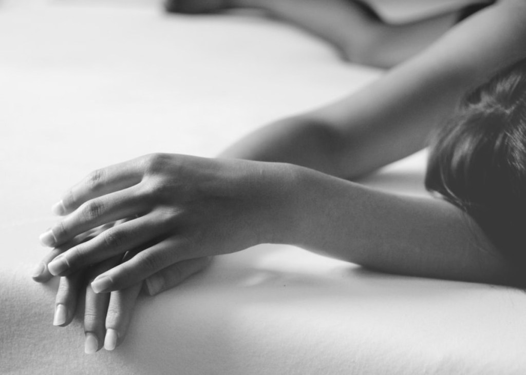 Σεξ: Ερωτικά παιχνίδια και συμβουλές για «εκτόνωση» από απόσταση