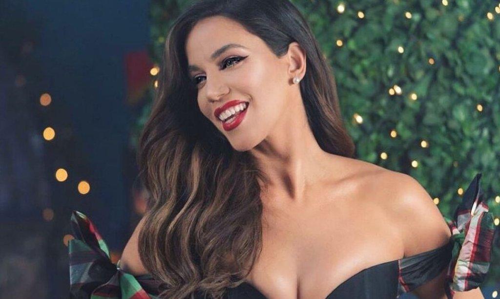 Κατερίνα Στικούδη: Σέξυ και γιορτινή ρίχνει το Instagram με τον καυτό χορό της