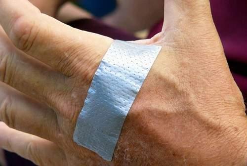 duct-tape-bandage-hand