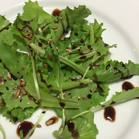 Simple green salad with seeds and balsamic made with my lettuces!