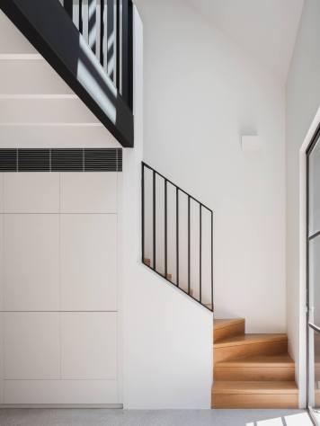 est-living-brad-swartz-loft-house-3