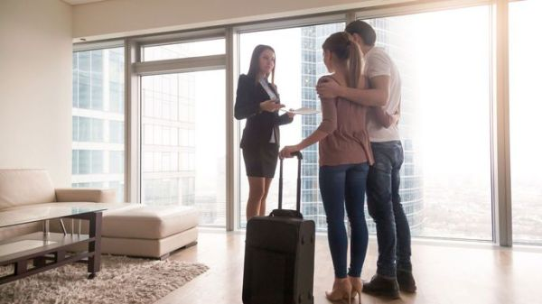 DO YOU KNOW WHO YOU ARE LETTING INTO YOUR RENTAL PROPERTY?
