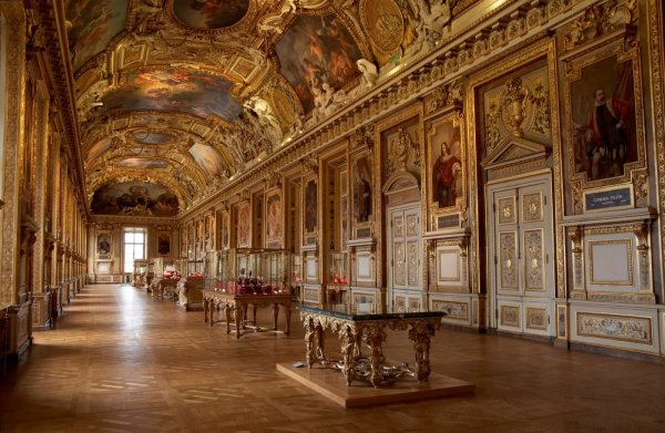 Beautiful Of Louvre Museum Interior