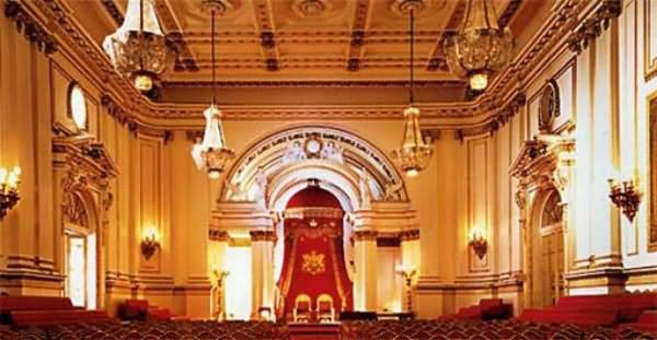 Awesome Classy Ballroom Interior Of The Buckingham Palace - THE MOST BEAUTIFUL INTERIOR PICTURES OF BUCKINGHAM PALACE LONDON