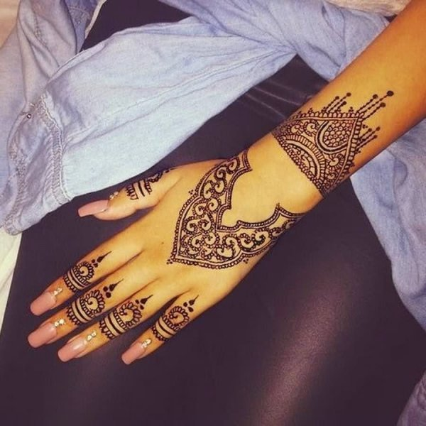 20 Henna Hand Tattoos For Girls Ideas And Designs