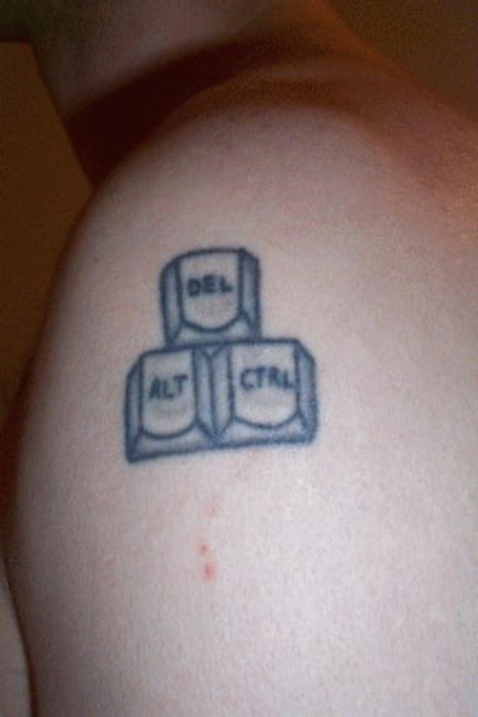 8 Geek Tattoos For Shoulder