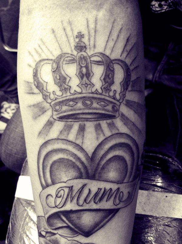 20 Queen Arm Tattoos Ideas And Designs