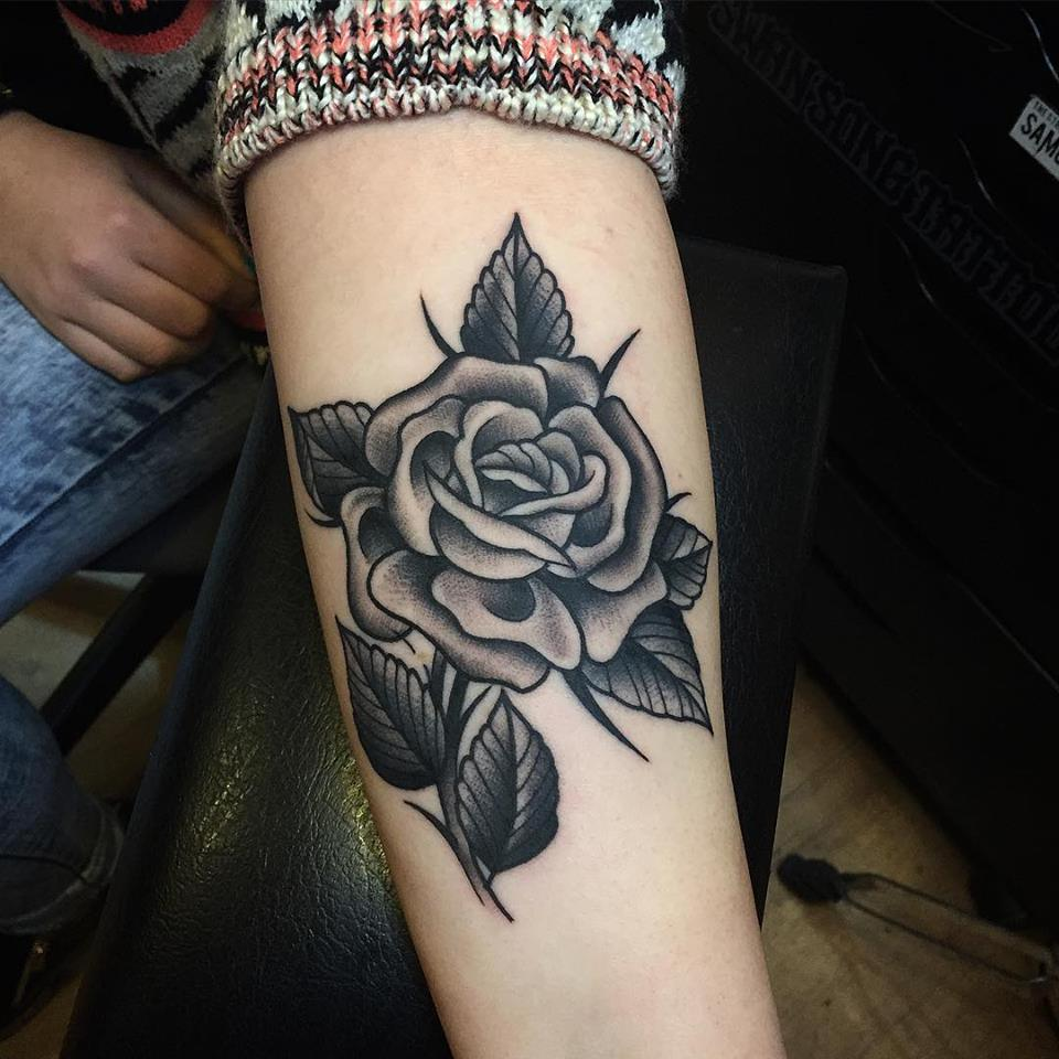 Traditional Black Rose Tattoos