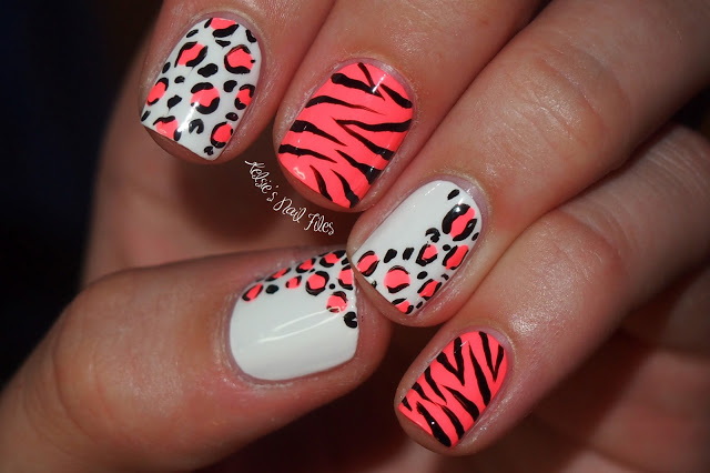 Nail Art Leopard And Heart