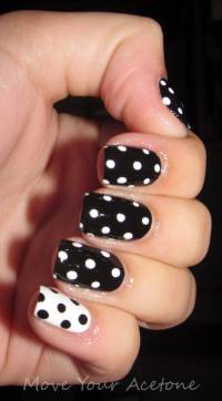 40+ Black And White Polka Dot Nail Art Designs For Trendy ...