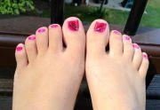 feather nail art toe
