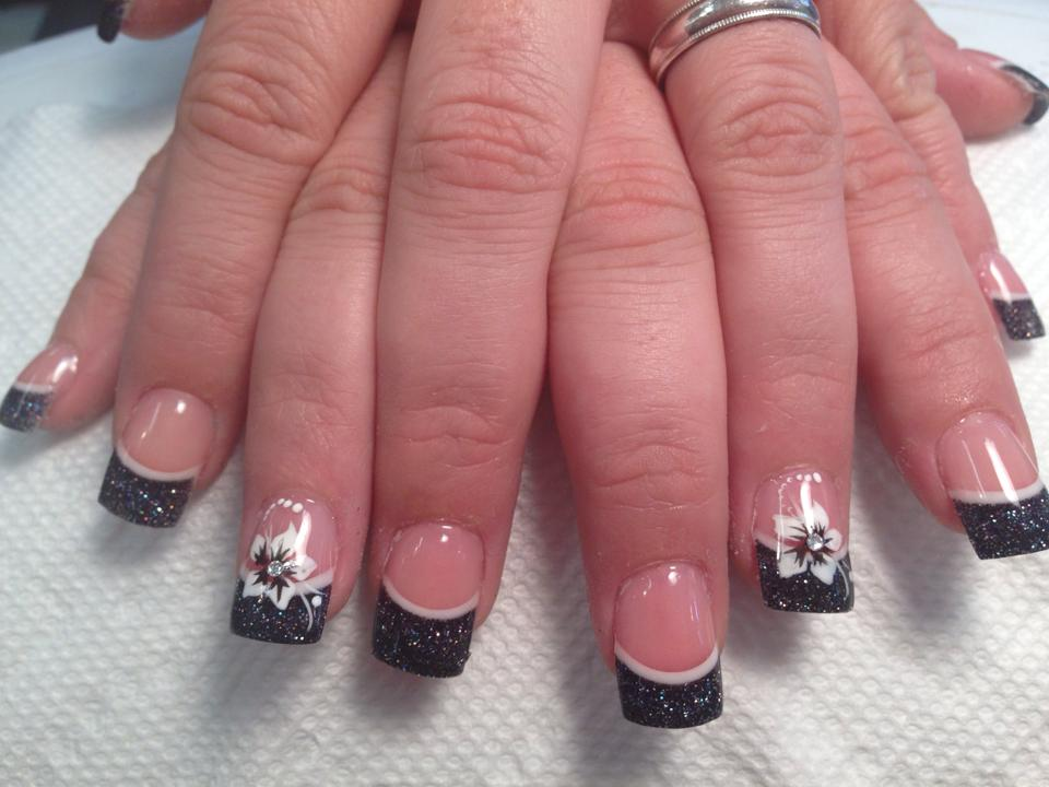 45 Cool Black French Tip Nail Art Designs For Trendy Girls