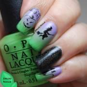 googly eyes halloween nail art