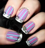 beautiful stripes design nail