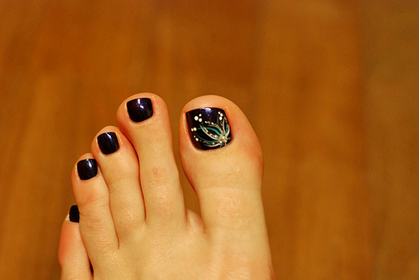 Black Toe Nails With Flowers Design Nail Art