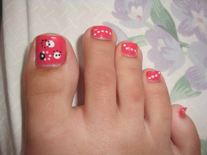 Easy Polka Dots Toe Nail Art Designs Ideas