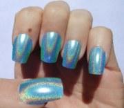 stylish hologram nail art