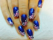 stylish blue nail art