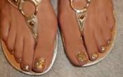 toe glitter nail art design