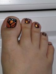 beautiful butterfly nail