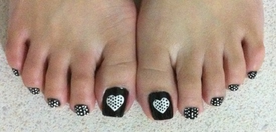 This One Has A Very Basic Polka Dots Design On All The Toes That Can Be Done With Help Of Small Sized Dotter Tool Try To Keep Symmetric