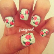 green and pink nail art