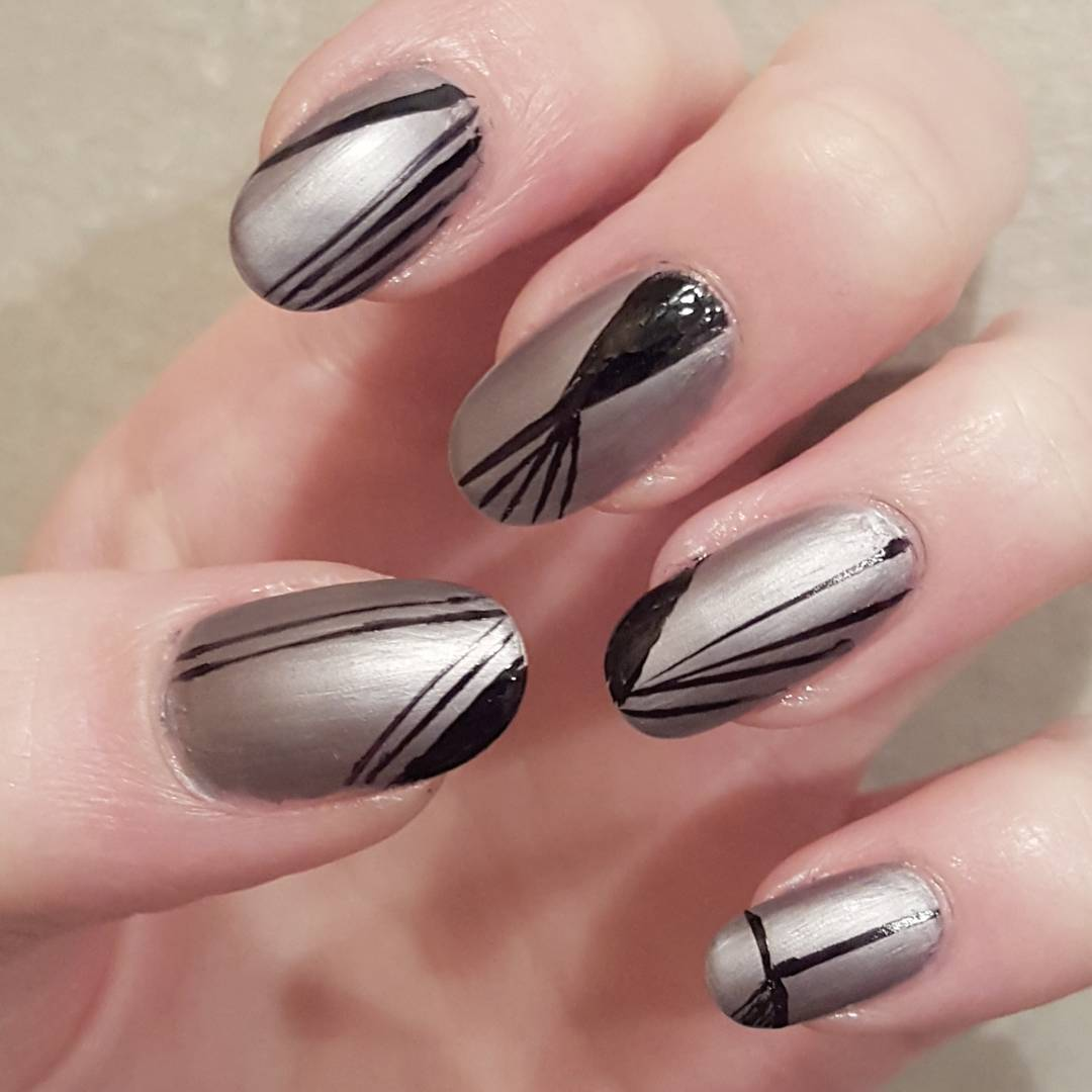 Geometric Nail Art Patterns