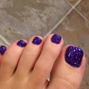cool purple glitter nail art