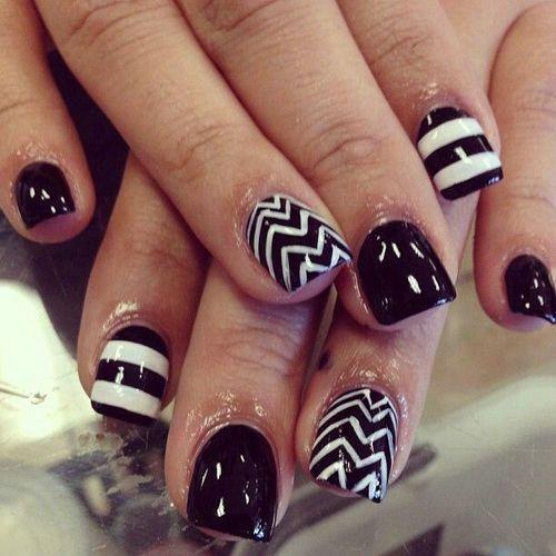 Black And White Chevron Stripes Design Short Nail Art