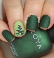 stylish christmas nail