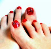 incredible red toe nail art