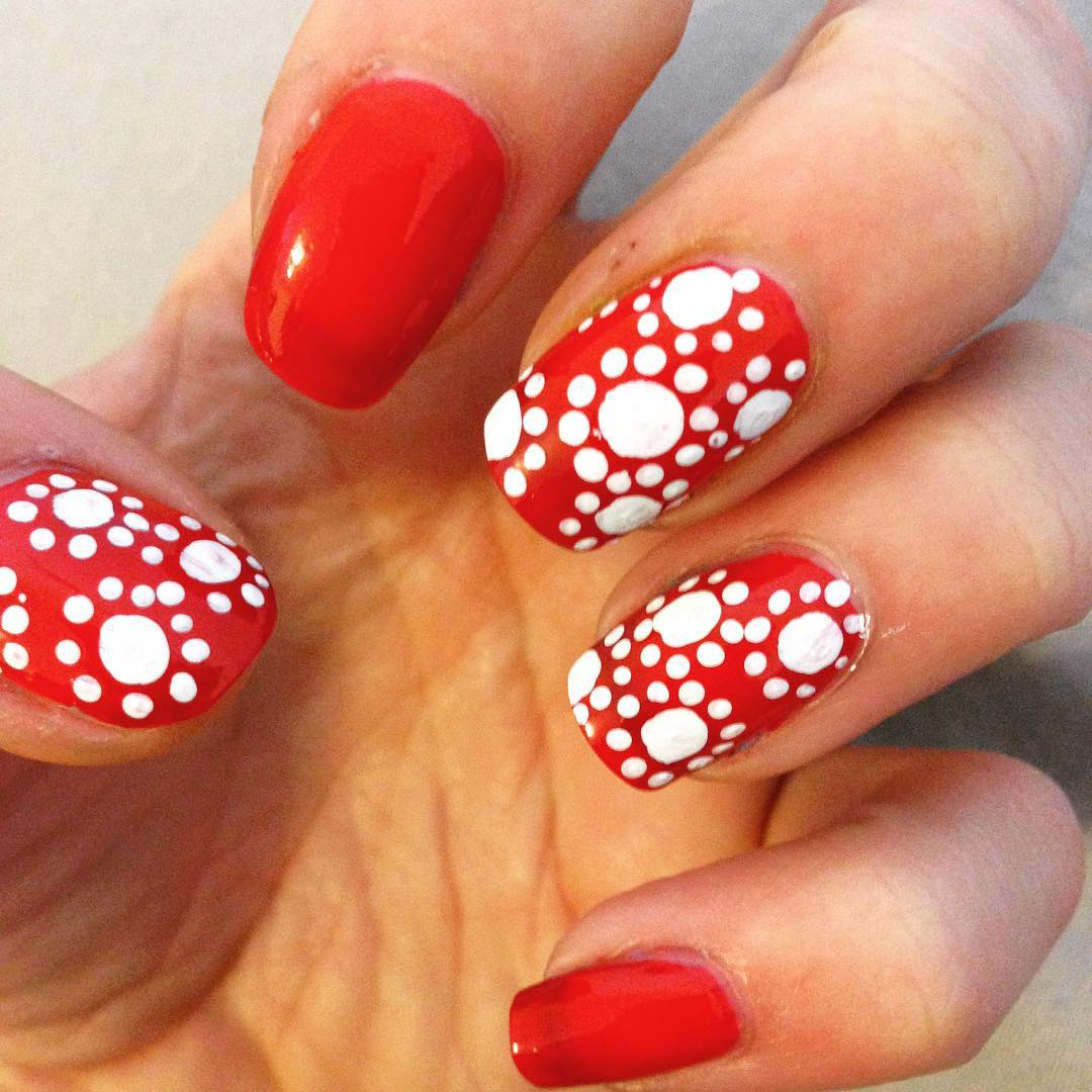 Red And Gold Nail Art Design For Short Nails
