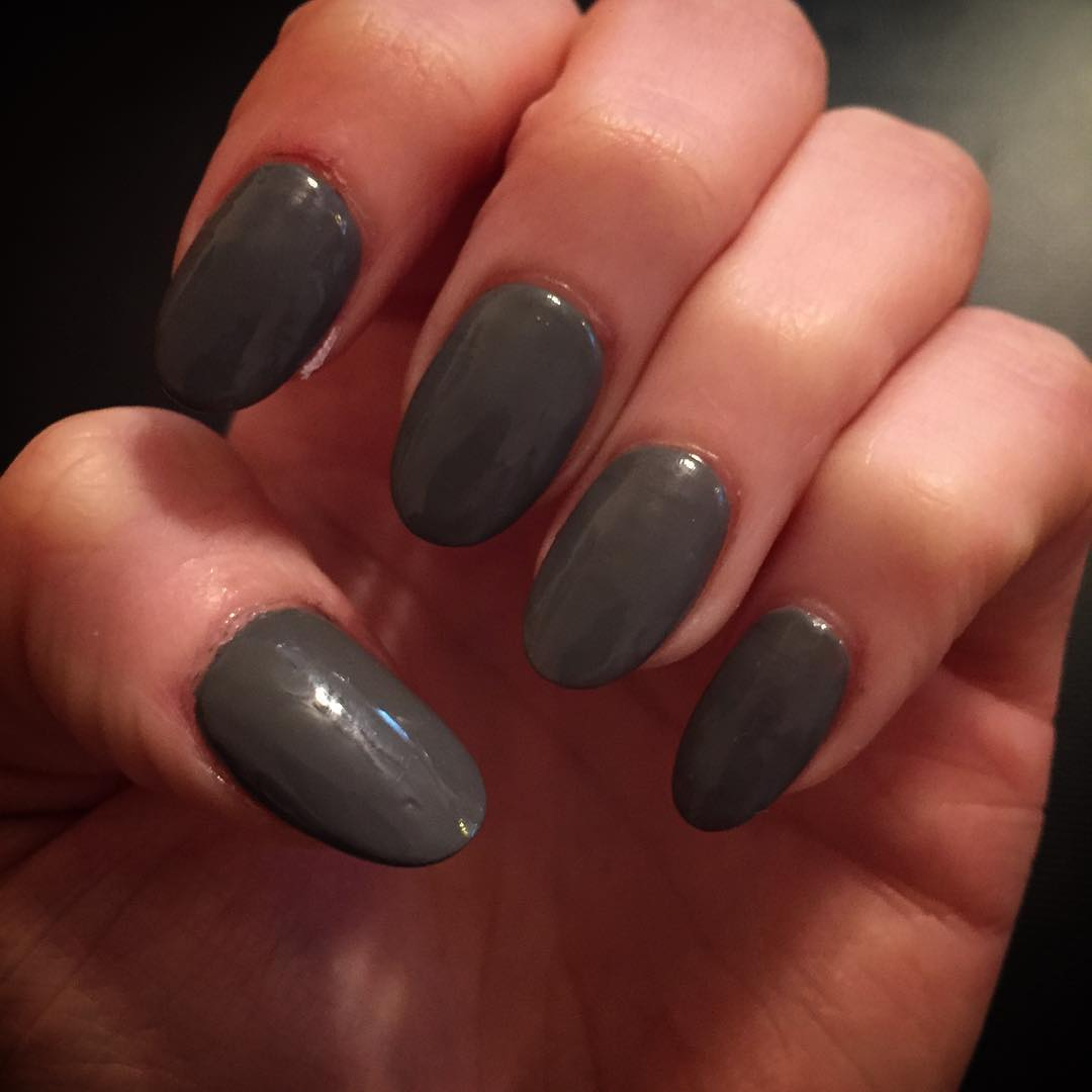 25 Cool Dark Gray Nail Art Design Ideas