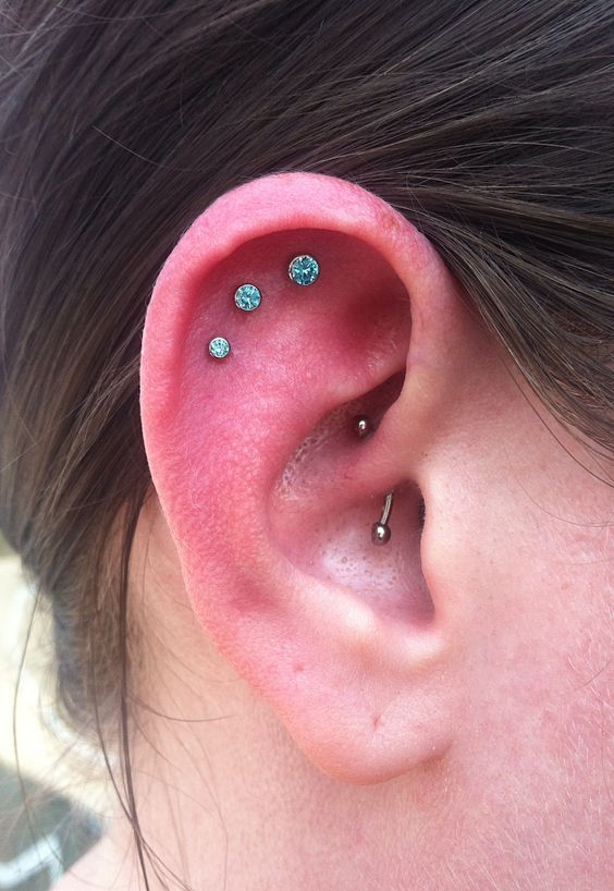 28 Outer Conch Piercing Pictures