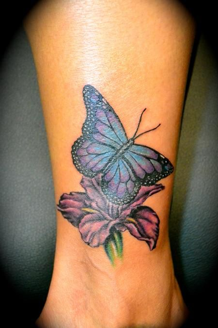 20 Ankle Bracelet Tattoos Of Butterflies And Flowers Ideas And Designs