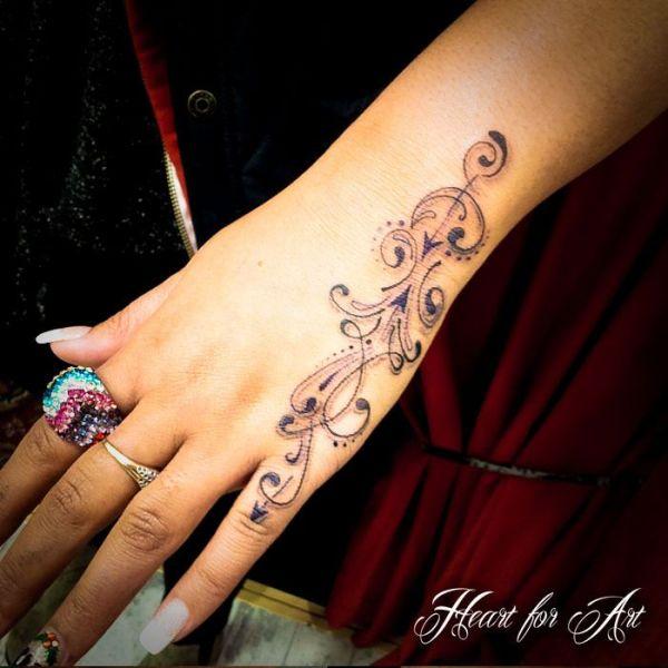 awesome side hand tattoos