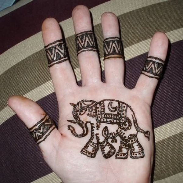 20 Elephant Henna Hand Tattoos Ideas And Designs