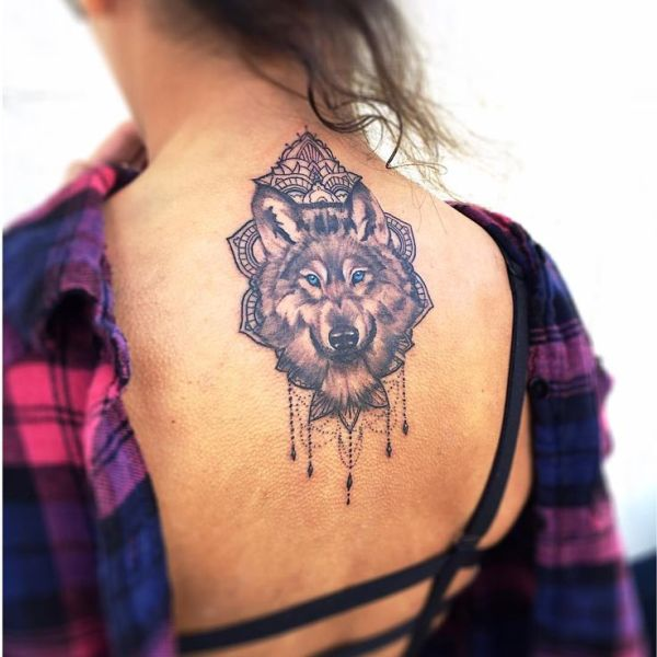 20 Wolf Thigh Tattoos For Girls Ideas And Designs