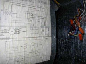 Air Handler blower won't start  hum from transformer?