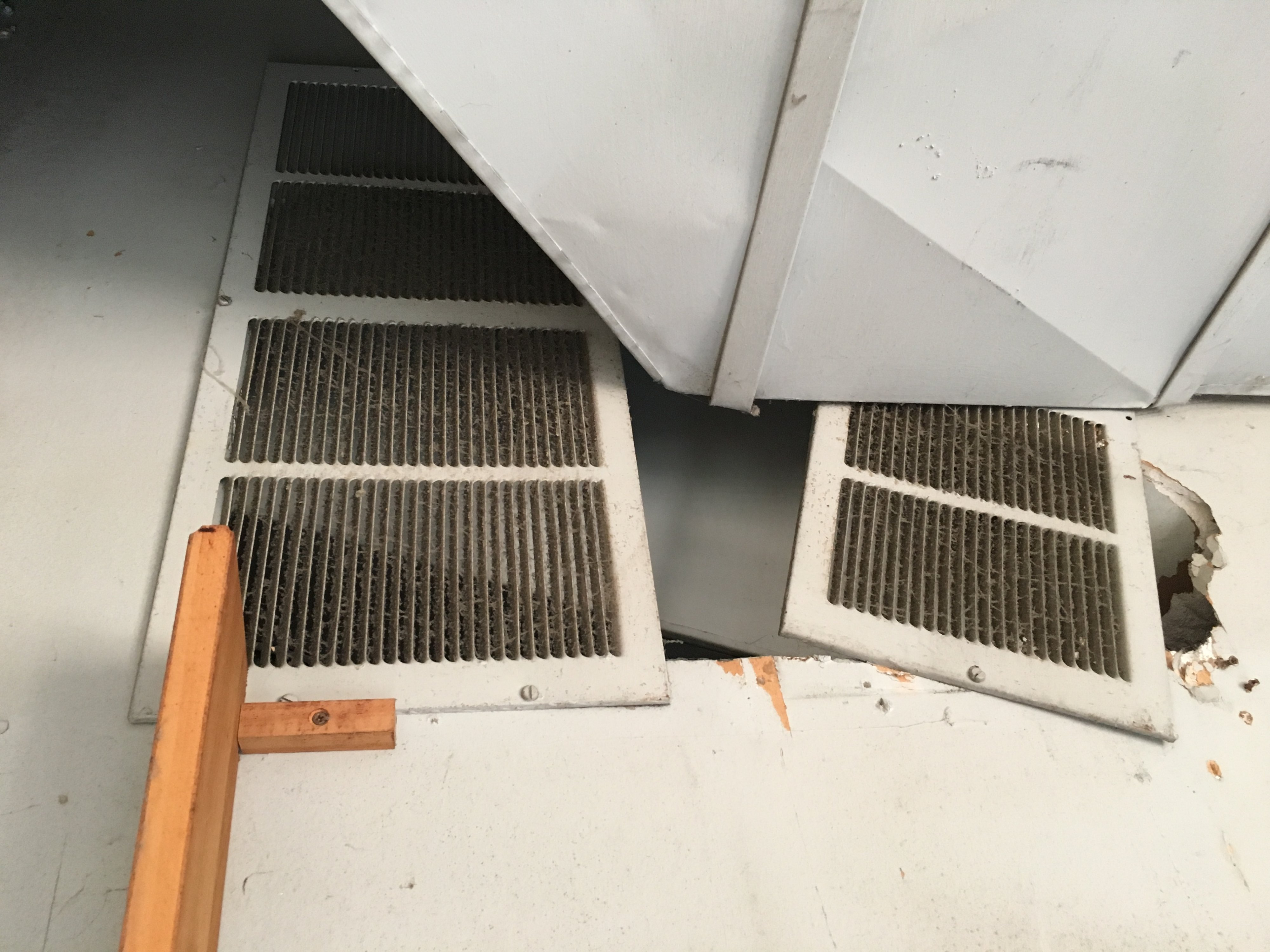 Venting a gas furnace