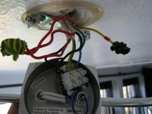 Ask The Trades  Wiring a new ceiling light