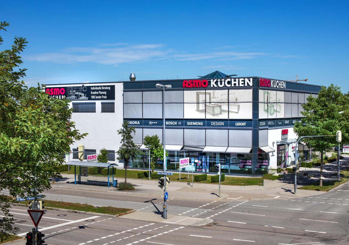 ASMO KÜCHEN München-West/Freiham Küchenmöbelgeschäft Anton-Böck-Strasse 38 81249 München Einzugsgebiete Bayern Deutschland Montag 09:00–19:00 Dienstag 09:00–19:00 Mittwoch 09:00–19:00 Donnerstag 09:00–19:00 Freitag 09:00–19:00 Samstag 09:00–18:00 Sonntag Geschlossen 089 8971330 http://www.asmo.de/
