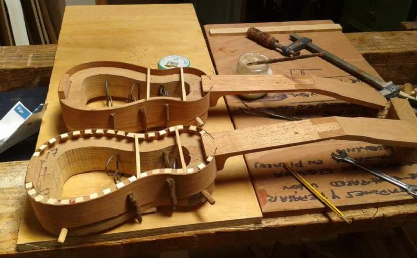 Proceso y elaboración de un timple: Cerquillos interior